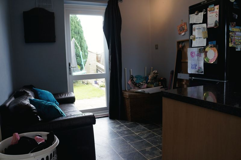 3 bed  for sale in Lancaster Way  - Property Image 5