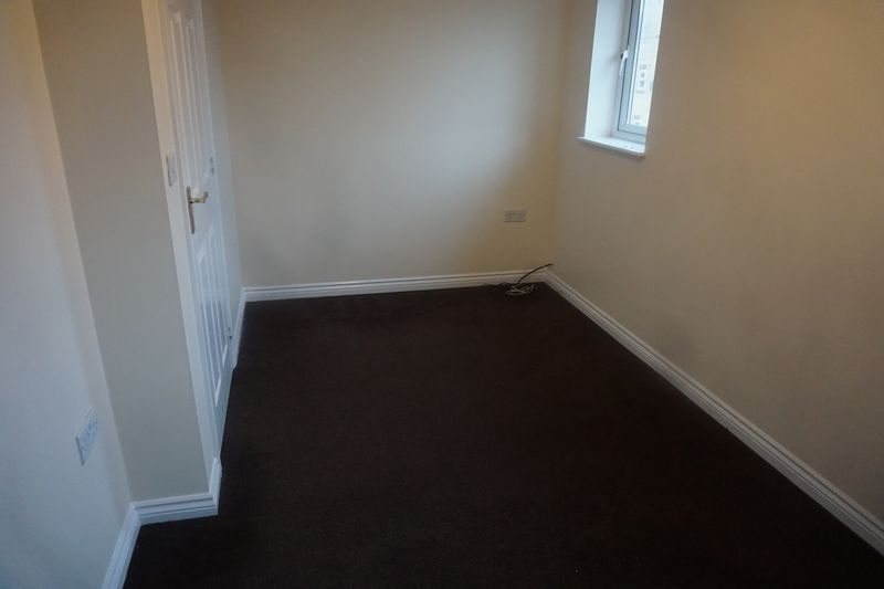 4 bed house to rent in St. Edmunds Walk 9