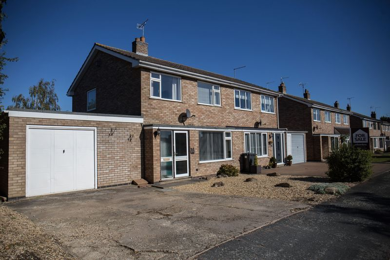 3 bed house for sale in Norman Drive  - Property Image 2