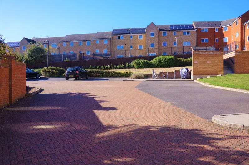 1 bed flat to rent in Brickstead Road 8