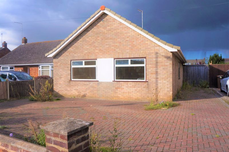 3 bed bungalow to rent in Gunthorpe Road, PE4