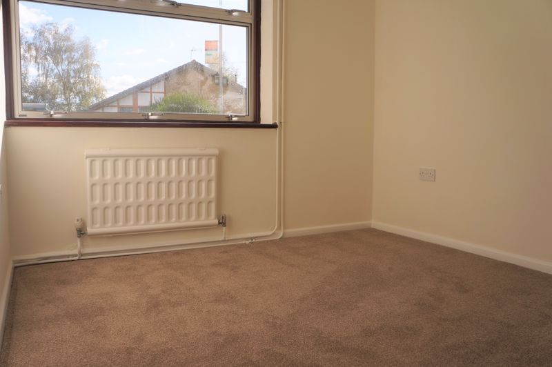 3 bed bungalow to rent in Gunthorpe Road 4