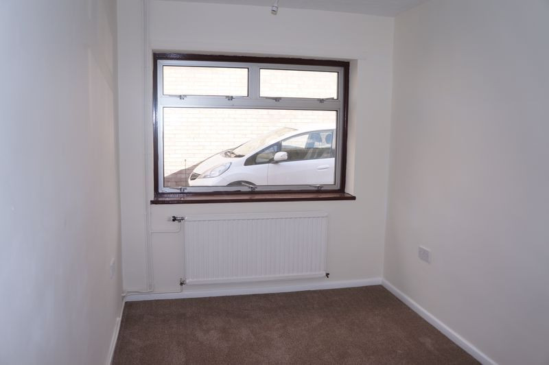 3 bed bungalow to rent in Gunthorpe Road 5