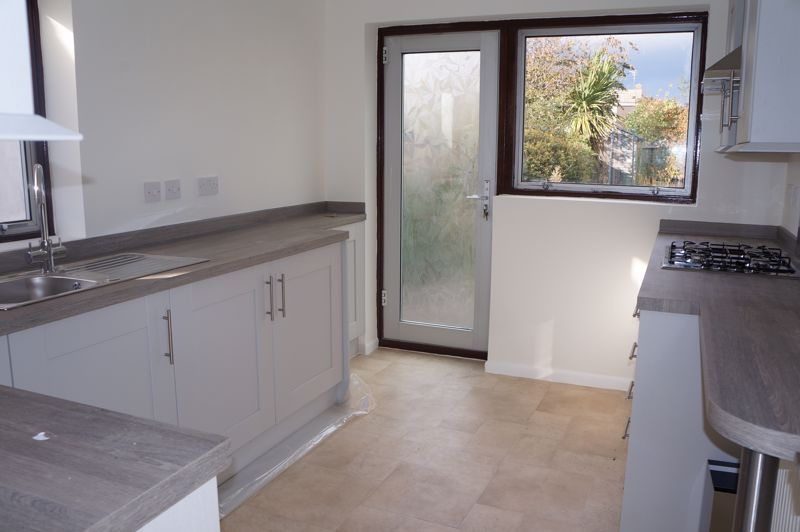 3 bed bungalow to rent in Gunthorpe Road 6