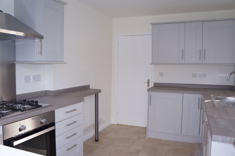 3 bed bungalow to rent in Gunthorpe Road 7