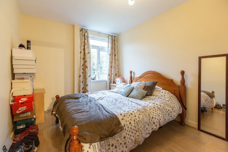 2 bed flat for sale in Stanwick Court 8
