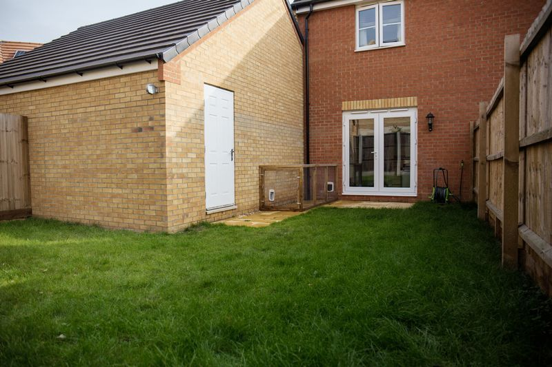 2 bed house to rent in Shipton Grove 14