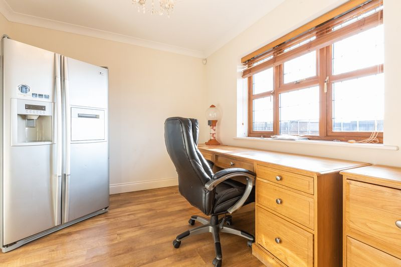 4 bed house for sale in Crowland Road  - Property Image 22