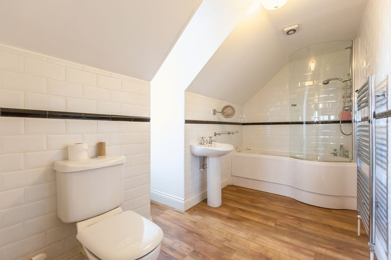 4 bed house for sale in Crowland Road  - Property Image 24