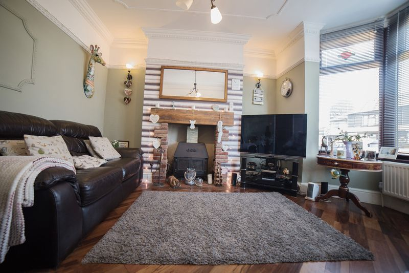 2 bed house for sale in West End  - Property Image 5