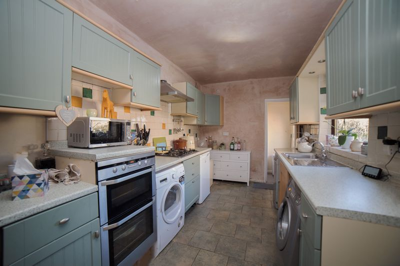 2 bed house for sale in West End 6