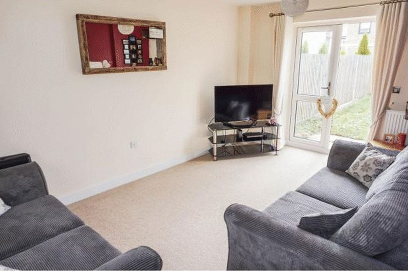 3 bed house to rent in Bradley Way 5