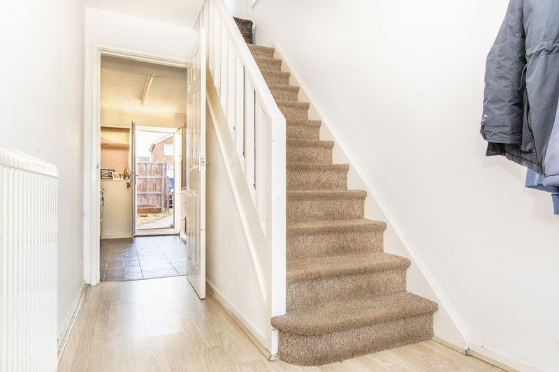 3 bed house for sale in Highfield Walk 5