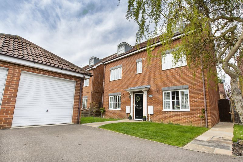 6 bed house for sale in Ferndale
