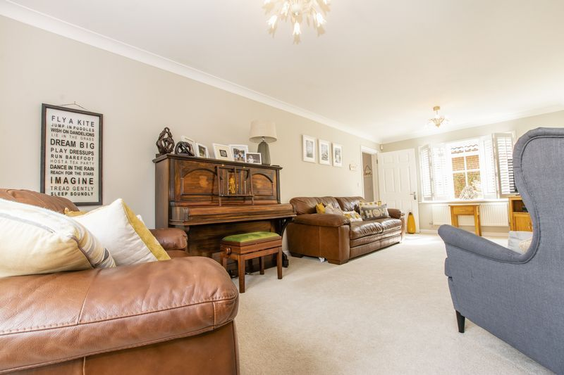 6 bed house for sale in Ferndale  - Property Image 6