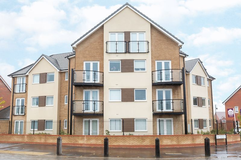 2 bed flat to rent in Eagle Way, PE7