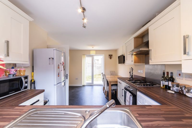3 bed house to rent in Hercules Way 1