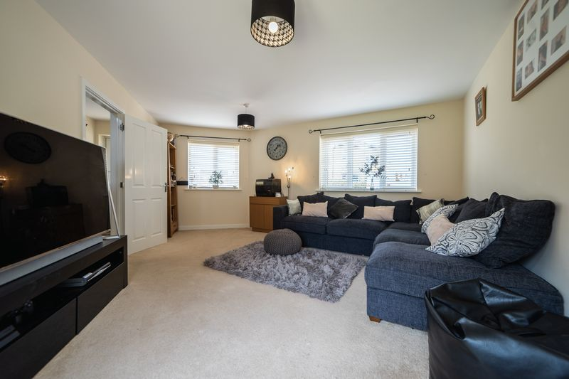 3 bed house to rent in Hercules Way 5