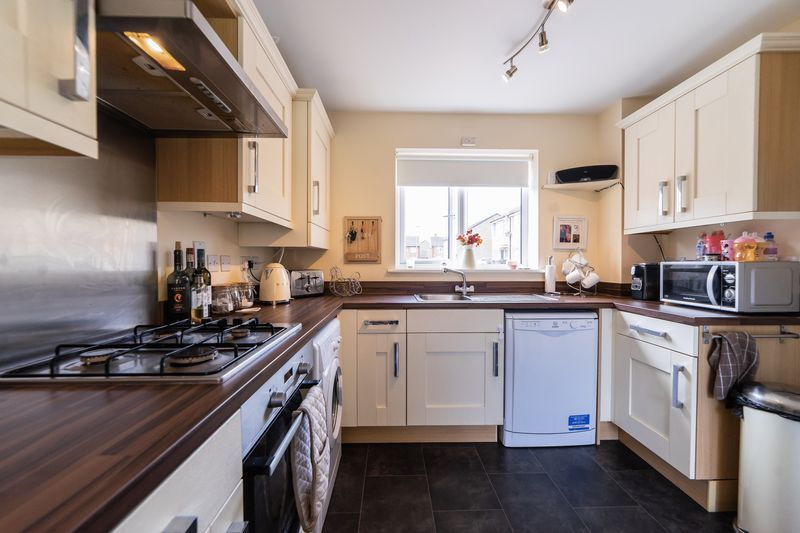 3 bed house to rent in Hercules Way 8