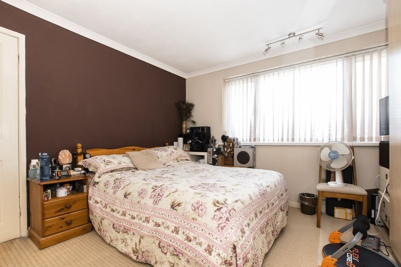 3 bed  for sale in Highfield Walk  - Property Image 10