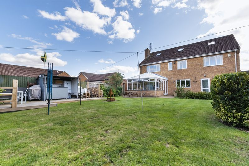 6 bed house for sale in Nursery Gardens  - Property Image 17
