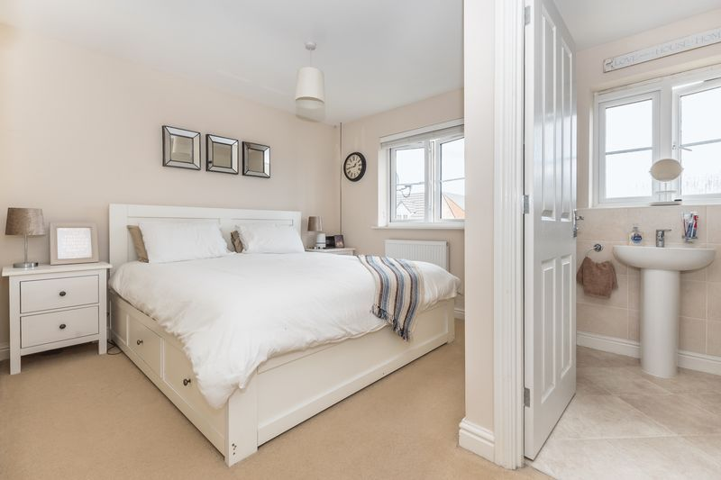 3 bed house for sale in Sandleford Drive  - Property Image 12