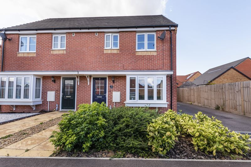 3 bed house for sale in Sandleford Drive 18