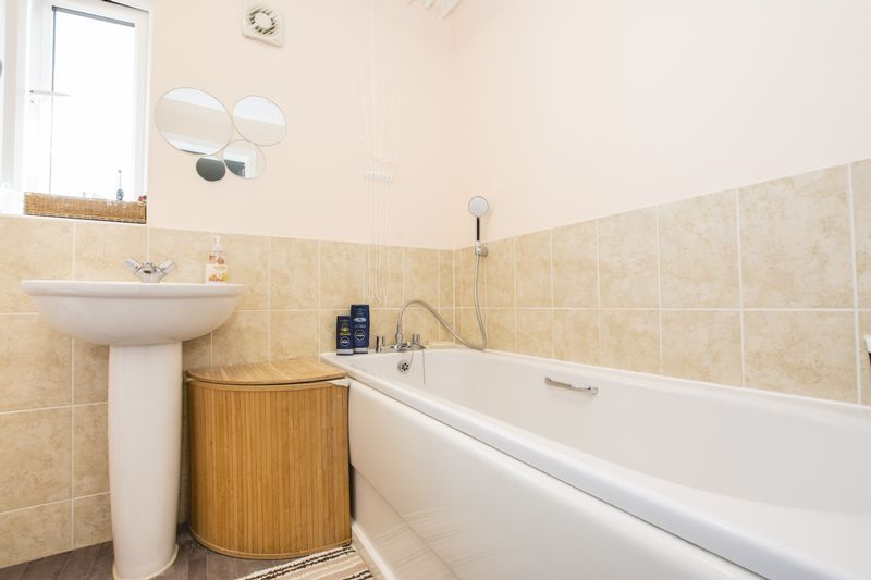 3 bed house to rent in Hercules Way  - Property Image 15