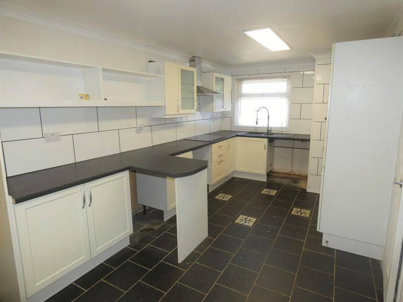 3 bed house to rent in Medworth  - Property Image 1