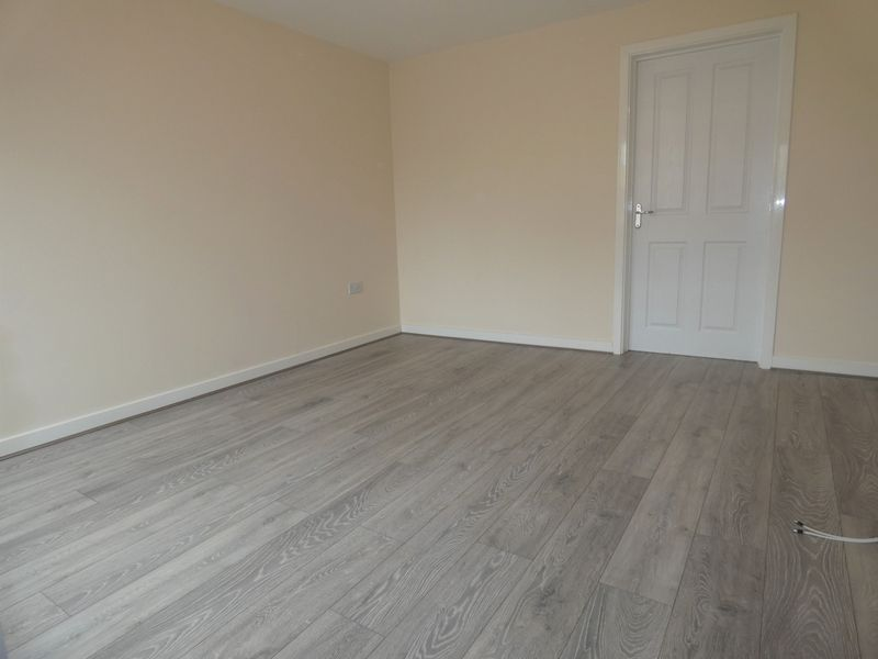 3 bed house to rent in Saxonbury Way  - Property Image 6