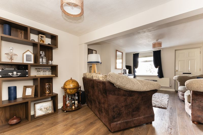2 bed house for sale in Stonald Road  - Property Image 5