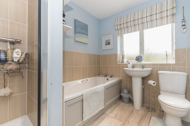 6 bed house for sale in Shackleton Way 21