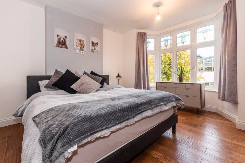 3 bed house for sale in Gordon Avenue 11