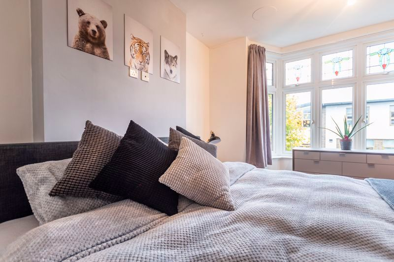 3 bed house for sale in Gordon Avenue 12