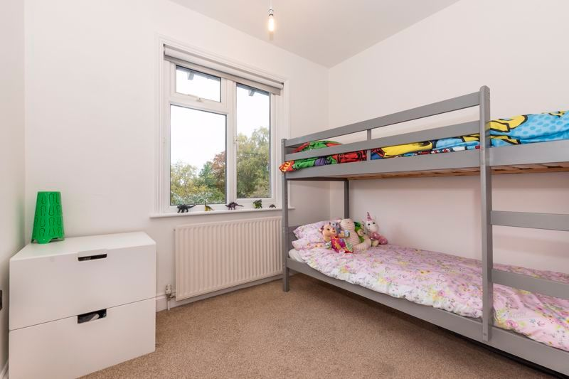 3 bed house for sale in Gordon Avenue 14