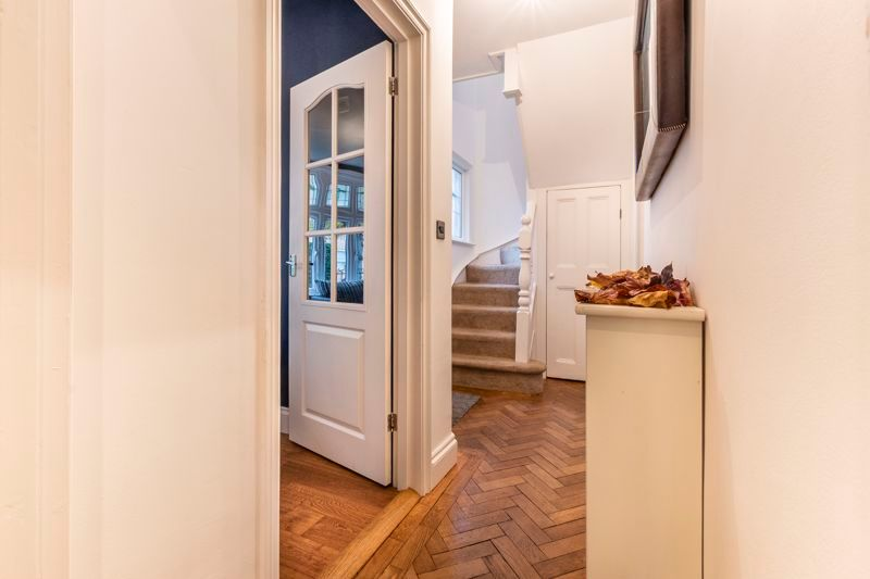 3 bed house for sale in Gordon Avenue  - Property Image 4