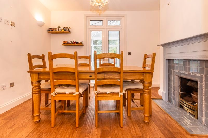 3 bed house for sale in Gordon Avenue 5