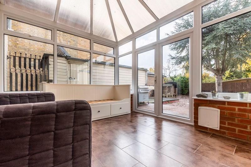 3 bed house for sale in Gordon Avenue 7