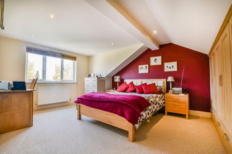 3 bed  for sale in Topham Crescent  - Property Image 11