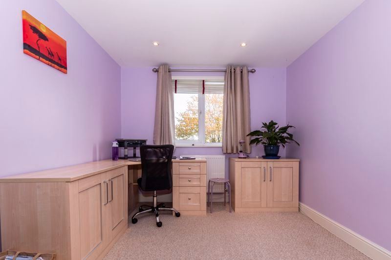 3 bed  for sale in Topham Crescent  - Property Image 13