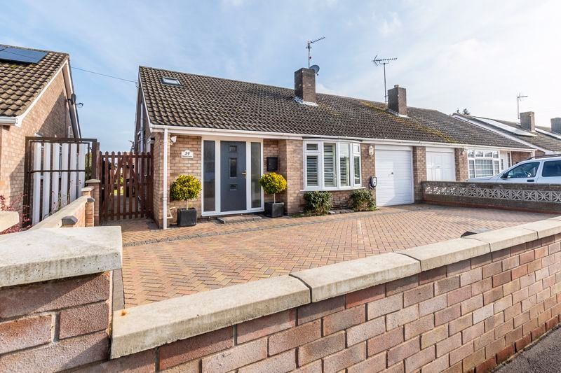 3 bed  for sale in Topham Crescent 17