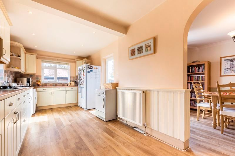 3 bed  for sale in Topham Crescent  - Property Image 3