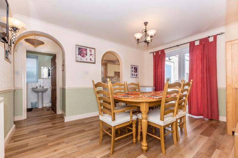 3 bed  for sale in Topham Crescent  - Property Image 4