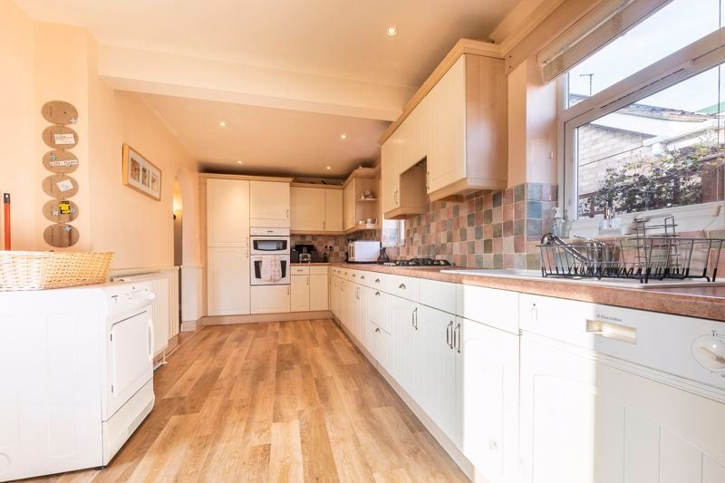 3 bed  for sale in Topham Crescent  - Property Image 5