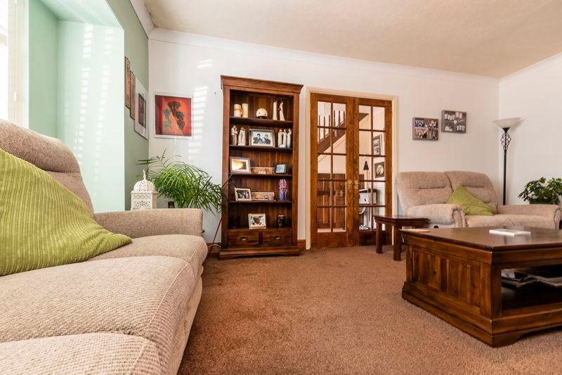 3 bed  for sale in Topham Crescent 6