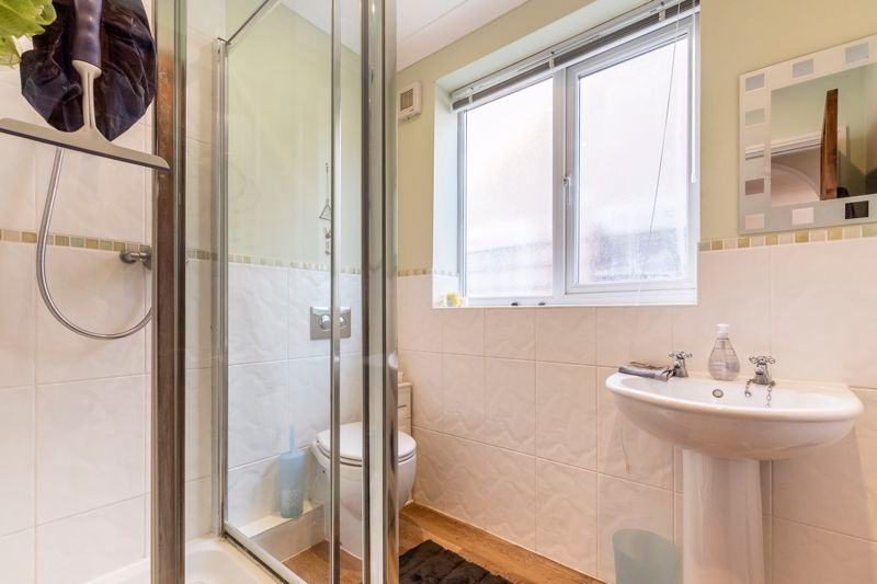 3 bed  for sale in Topham Crescent 9