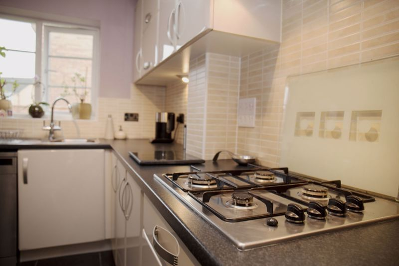 4 bed house for sale in Turnpike Road 7