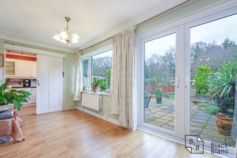 5 bed house for sale in Links View Road  - Property Image 3