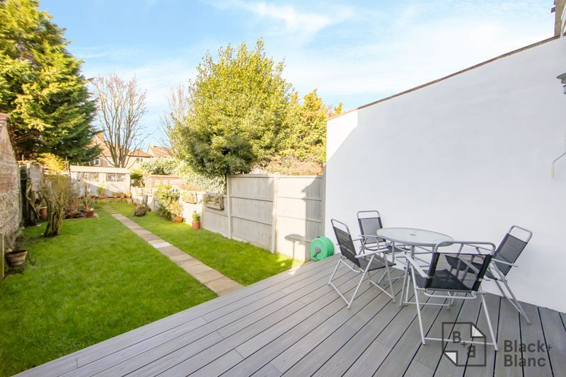 4 bed house for sale in Edward Road  - Property Image 15