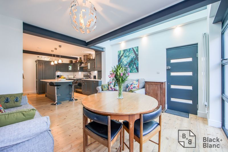 4 bed house for sale in Edward Road  - Property Image 6